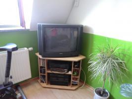 kleiner Fernsehschrank
