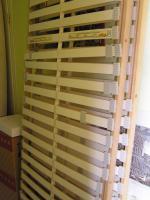 Foto 3 komplettes Schlafzimmer Landhausstil Echtholz Bett Schrank Lattenrost Nachtschränke