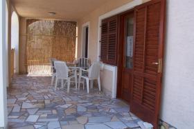 kroatien urlaub ferien wohnung insel krk sand strand in m nchen 3 sterne kroatien nur. Black Bedroom Furniture Sets. Home Design Ideas