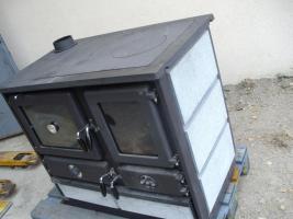 Foto 3 küchenherd  zu heitzen  und kochen , backen