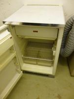 Foto 2 kühlschrank  mit Gefrerfach  AEG    HAMMERPREIS 9,99 EURO