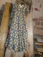 lange kleid aus 70 jahre