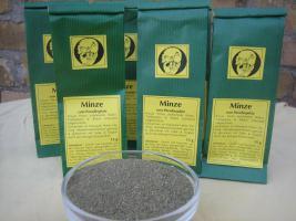 Foto 3 leckere getrocknete Krause Minze für köstlichen Teegenuss