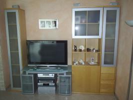 Foto 2 moderne Wohnzimmerwand in Buche Hell