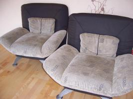 Foto 2 modernes Sofa mit Bettfunktion + 2 Sessel
