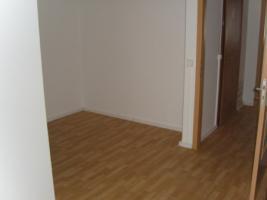 Foto 3 nette Mieter gesucht: 3-Raum-Wohnung in Chemnitz-Markersdorf