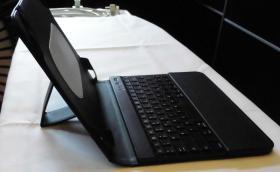 Foto 2 neue SILVERCREST® Schutzmappe für iPad mit Bluetooth-Tastatur