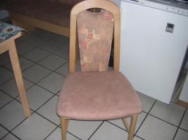 Foto 3 neuwertige Kücheneckbank mit ausziehbaren Tisch   zwei Stühle, modernes Desing, wenig benutzt, da ich den ganzen Tag arbeite. NP 600%u20AC Preis verhandelbar  Weber Kirchstraße 15 79804 DOGERN Tel. 077513063257