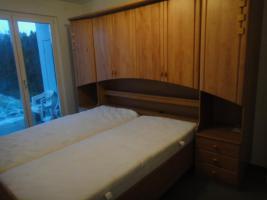 neuwertige und preiswerte Möbel