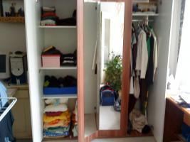 Foto 2 neuwertiger Kleiderschrank zu verkaufen