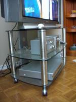 neuwertiger TV-Phonowagen