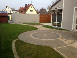 Foto 3 •Doppel Haus, ca.300 qm Wohnfläche, Garten ca 250 qm, grosser Keller ca100 qm, Garage »