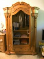Foto 2 optisch toller Säulen-Wohn-Kleiderschrank