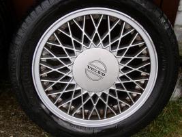 orginal Volvo Felgen in super Zustand!