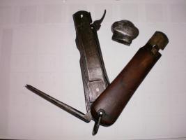 Foto 2 originale grabendolche und bayonette