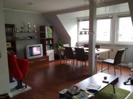 schöne 2-Zimmer-Wohnung mit moderner Einbauküche, WBS erforderlich