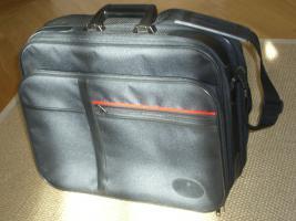 schöne Tasche /Flugbegleittasche 46x36x14 für Dokumente+ Notebook