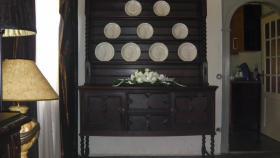 Foto 2 schöne antike tellerschrank