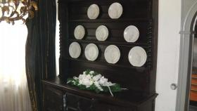 Foto 7 schöne antike tellerschrank