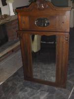 schöner antike spiegel
