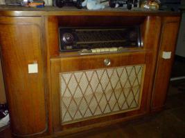 schönes altes radio