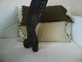 Foto 2 schwarze Esprit Stiefel