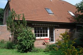 Foto 2 sehr schöne DDH in Ostfriesland