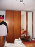 Foto 2 sehr sch�ner Schlafzimmerschrank - Kirschbaum - umzugsbedingt abzugeben