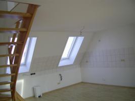 sonnige 4-Raum Maisonettewohnung mit Balkon Südseite