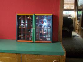 Foto 2 spiegelsetzkasten mit parfümfläschchen