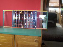 Foto 3 spiegelsetzkasten mit parfümfläschchen