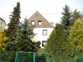 traumhafte 2-Raum Dachgeschosswohnung mit Blick ins Grüne