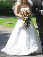 Foto 4 traumhaftes Brautkleid m. Schleppe/Jacke/Stola ivory Gr 38-42- Corsage mit eingearb.
