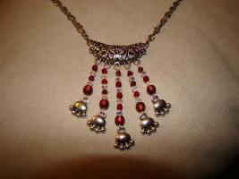 Foto 4 trendige, lange, einzel anfertigte Halsketten zu günstigen Preisen