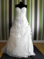 ungetragenes Traum Brautkleid / Hochzeitskleid Gr. 40