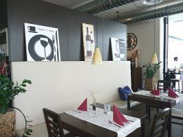 Foto 4 verschiedene gewerbliche Räume (Büros, Ausstellungsfläche, Restaurant) in zentraler Lage in bevorzugtem Skigebiet von Bischofswiesen zu vermieten