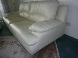 Foto 2 weiße Echtleder-Sofas, 2 Stück, 3-Sitzer
