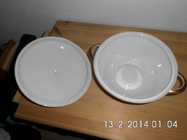 Foto 3 weiße Porzellan - Terrine