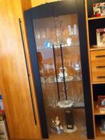 Foto 4 wohnzimmerschrank mit Vitriene+Licht