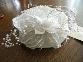 Foto 2 wunderschöner weißer Kopfschmuck Hochzeit