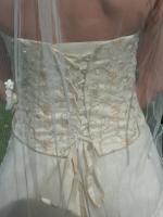 Foto 4 wunderschönes Brautkleid Gr. 38 von Ladybird