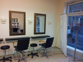 Foto 3 wunderschönes Friseurgeschäft  in Werne Kreis Unna ca. 60 m2 groß. Sehr schön eingerichtet. Mit Kunden und Mitarbeiter für 20.000 € anzubieten