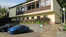 wunderschönes Gemeindehaus