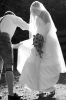 wunderschönes elfenbeinfarbenes Brautkleid