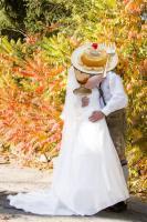Foto 2 wunderschönes elfenbeinfarbenes Brautkleid