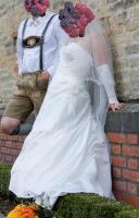 Foto 4 wunderschönes elfenbeinfarbenes Brautkleid