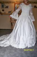Foto 2 wunderschönes ungetragenes Brautkleid