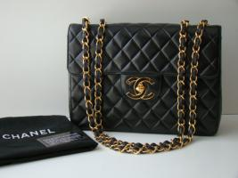 original chanel handtasche jumbo double flap neu in wien schwarz leder. Black Bedroom Furniture Sets. Home Design Ideas