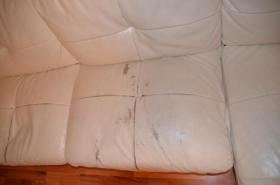 Foto 3 zu Verschenken Sofa Couch weiß Kunstleder gebraucht