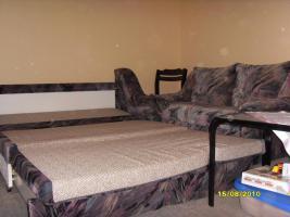 zwei Couchs (Sofas)